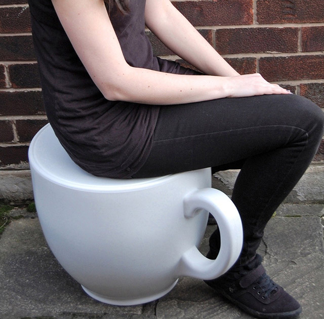 Alice-in-Wonderland-Tea-Cup-Stool