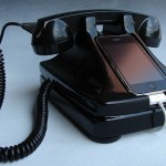 iRetrofone Base For Nostalgia Addicts