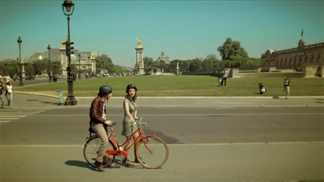 Paris-T'es-Belle---A-Beautiful-Music-Video