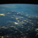 Astronaut Tweets Pictures of Earth Taken From Space