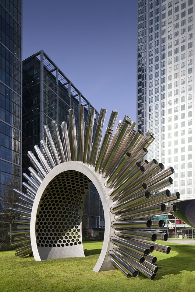 Aeolus-at-Canary-Wharf-2