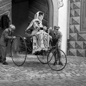 bertha_Benz_Motorwagen_thumb.jpg