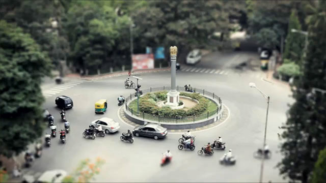 A tilt-shift time-lapse video of Bangalore city