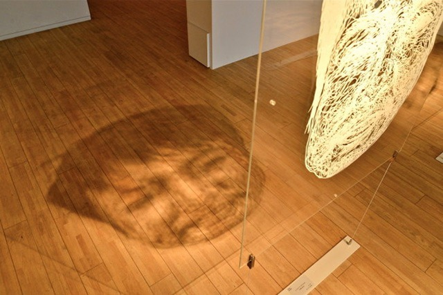 LIFE-SIZED-Large-Scale-Paper-Cutout-Installation-by-Risa-Fukui-04