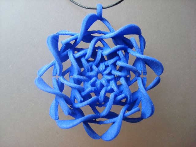 3D-Printed-Pendants-by-Aris-Papamarkakis-005