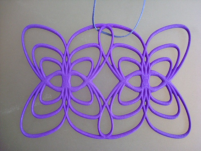 3D-Printed-Pendants-by-Aris-Papamarkakis-010