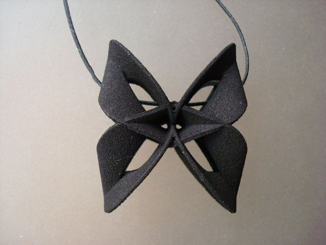 3D-Printed-Pendants-by-Aris-Papamarkakis-045