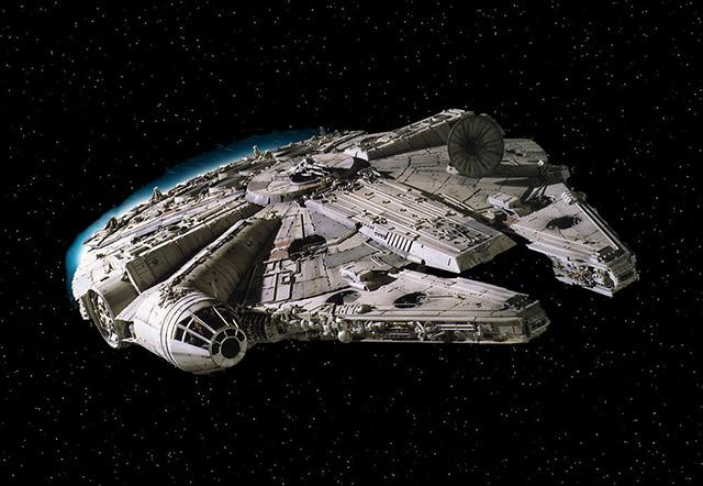 Millenium-Falcon-Star-Wars