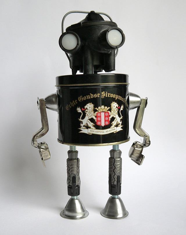 Robot-Sculptures-Gille-Monte-Ruici-06