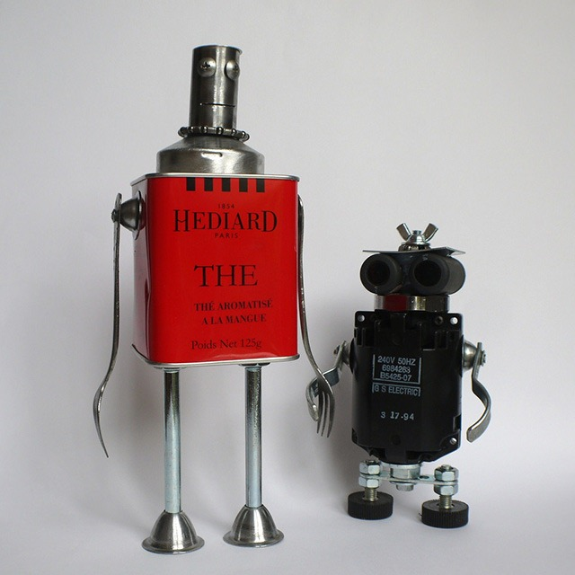 how to make a robot with recycled items