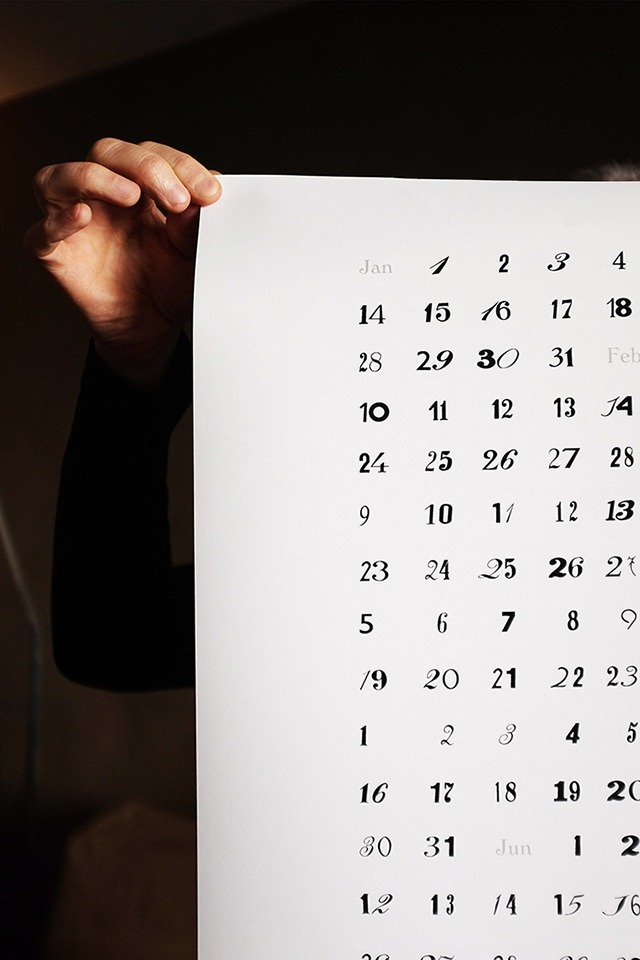 Calendar-Poster-of-Beautiful-Door-Numbers-Found-in-Amsterdam