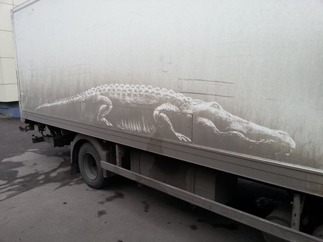 Incredible Dirt Art Created on Trucks by Nikita Golubev
