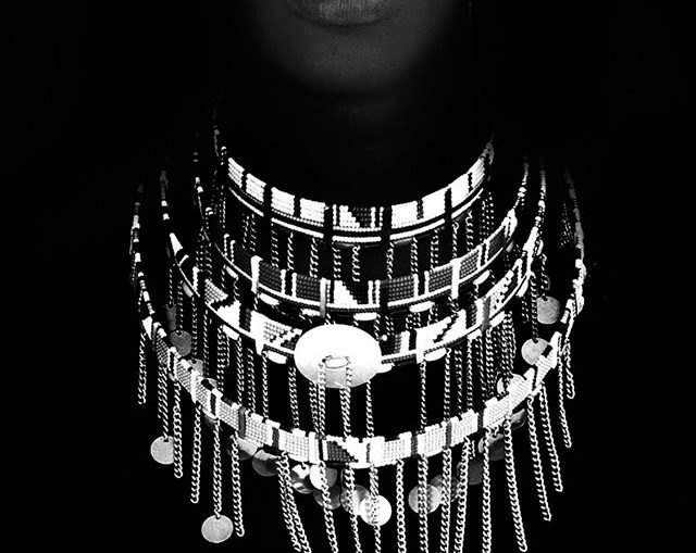 Masai-Woman-Pete-Johnson-Powerful-Black-and-White-Photography_thumb