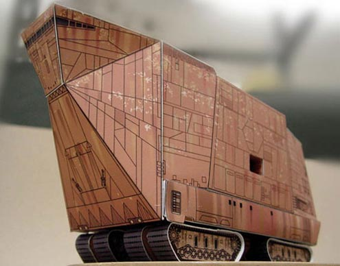 Read more about the article Paper Craft Site Has DIY Instructions For Star Wars Machines