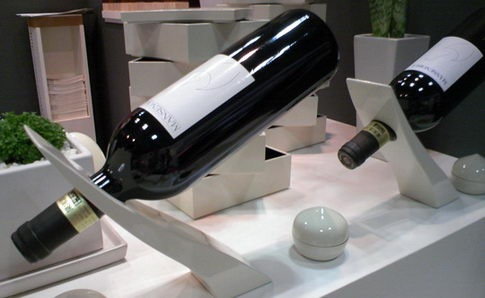 Read more about the article Wine Bottle Holder From Kasane