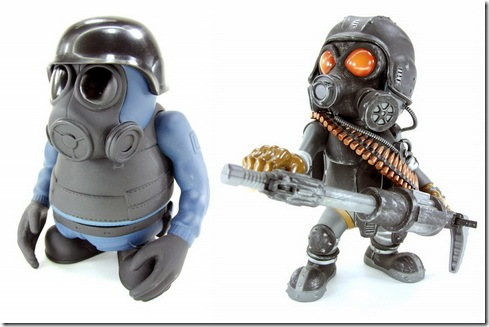 Read more about the article Gas Mask Vinyl Action Figures From Instinct Toys
