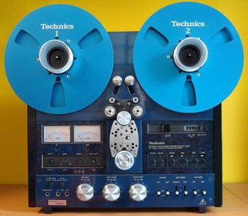 Read more about the article Gallery Of Retro Custom Tape Decks