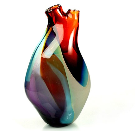 Read more about the article Beautiful Heart Shaped Vase