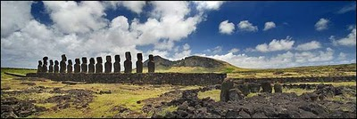 Read more about the article Easter Island Statues – Stunning Photo Gallery