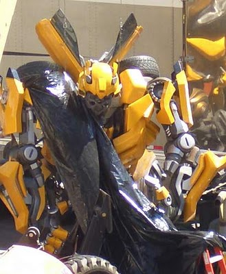 Read more about the article Transformers Movie Gallery of over 400 Pics