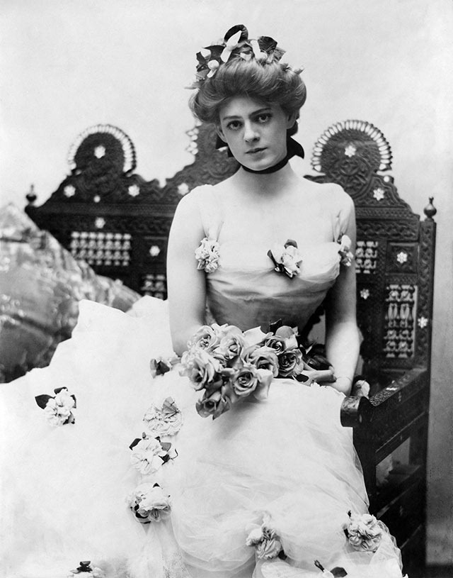 Read more about the article A Stunning Vintage Photograph of Ethel Barrymore