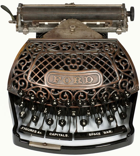 Read more about the article Lovely Antique Ford Typewriter