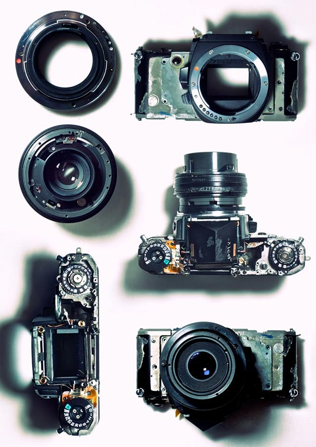 Read more about the article Disassembled Camera
