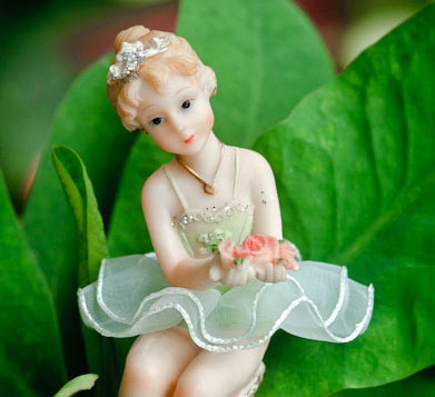 Read more about the article The Little Dancer in My Garden