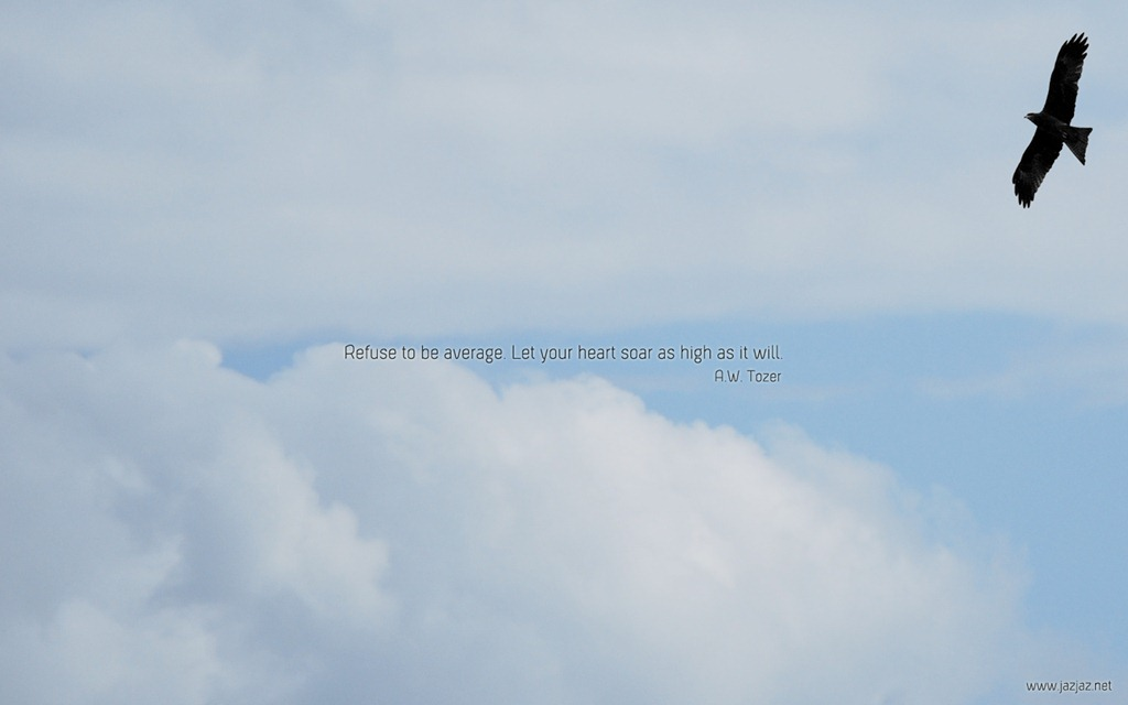 Read more about the article Let Your Heart Soar High – Free Minimalistic Desktop Wallpapers