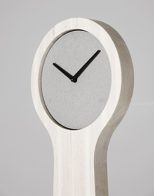 Read more about the article Minimalistic Concrete Clocks and Sculptures By Forsberg Form