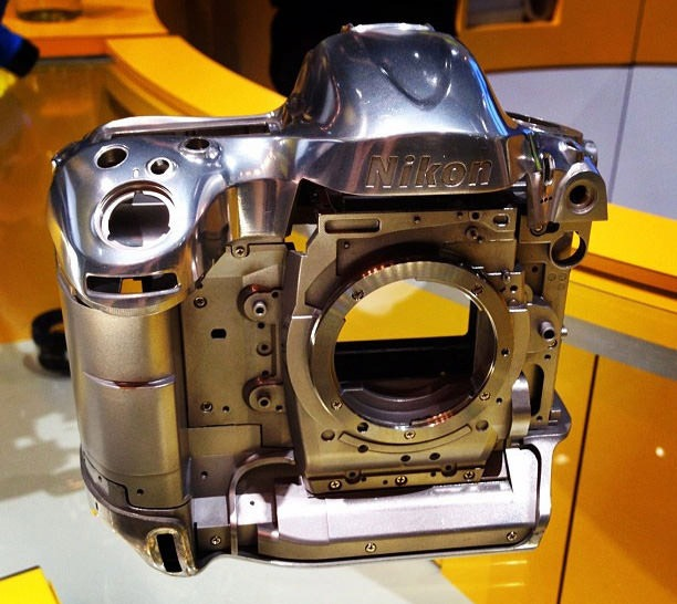 Read more about the article Nikon D4's Stunning Magnesium Alloy Frame