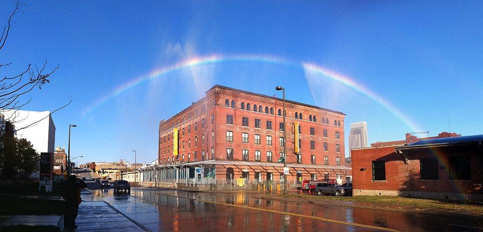 Read more about the article Artist Michael Jones McKean's Rainbow Making Machine