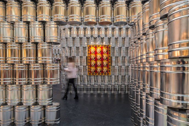 Read more about the article A Temporary Andy Warhol Art Museum Built with 1,500 Metal Cans