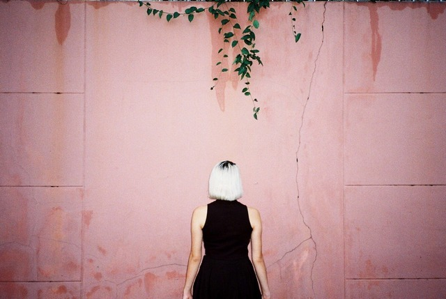 Read more about the article The Minimalist Film Photography of Bangkok-Based Photographer Nick Prideaux
