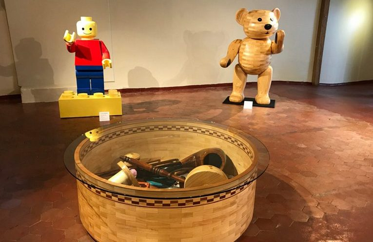 Read more about the article Do You Remember? An Exhibition of Childhood Memory Sculptures